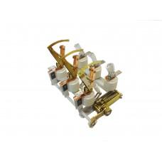 Выключатель нагрузки ВНА/ТЕ-П(п)-10/630-Зн в комплекте с приводами и вилками (4682741)
